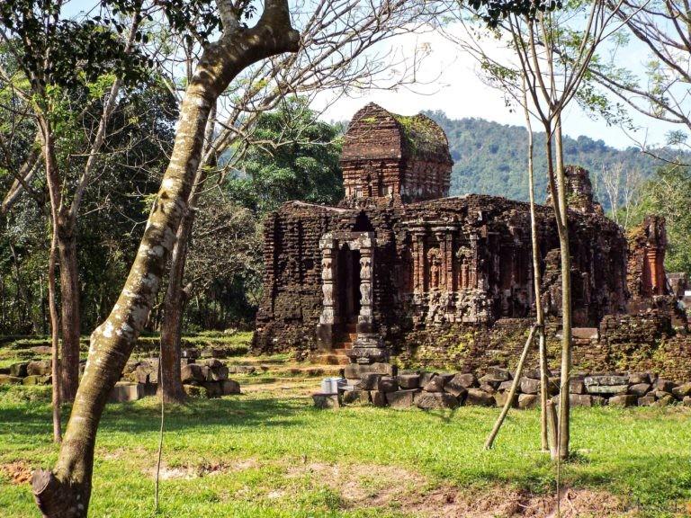 Vietnam - My Son - Temple