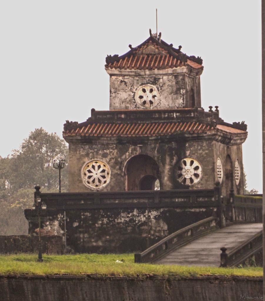 Vietnam = Hue - Entrance