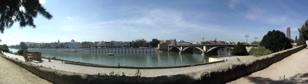 Seville - Ponte de Triana - Panoramic